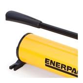 Bomba Hidráulica Manual de Aço 700 Bar 2.200 cm³ Óleo Reutilizável Dupla Ação P84 ENERPAC