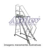 Escada Trepadeira em Alumínio com 12 Degraus e Corrimão TR 302 ALULEV
